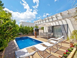 ARIEL - Modern with Private Pool in Pto Alcudia