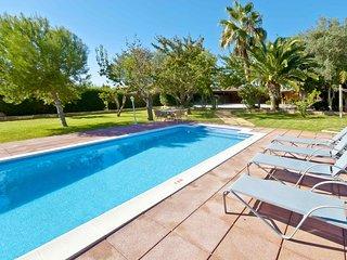 MARILEN - Finca with Large Garden & Pvt. Pool