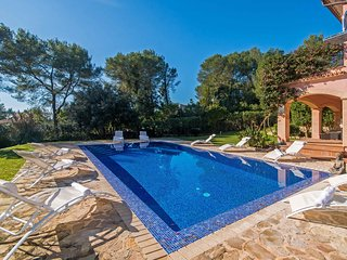 Villa Marco - Majorcan Styled with Pool & Garden