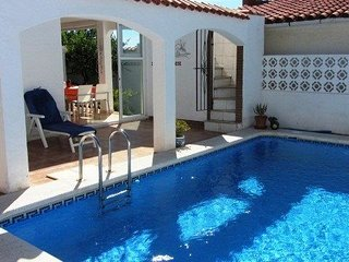 3 Bedroom Villa with Private Pool, Alcossebre