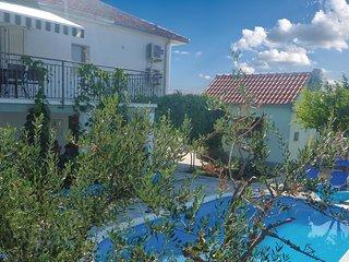 4 bedroom Villa in Plano, Splitsko-Dalmatinska Županija, Croatia - 5737226