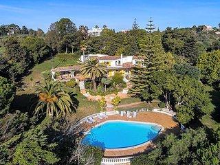 5 bedroom Villa in Montinhos da Luz, Faro, Portugal - 5637737