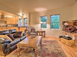 Downtown Manitou Springs Home: Tranquil Creek View