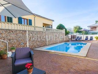 Lovely house with pool near the beach in Son Serra de Marina