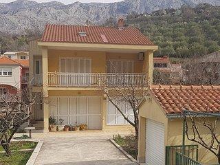 5 bedroom Villa in Pula, Splitsko-Dalmatinska Županija, Croatia : ref 5737309