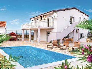4 bedroom Villa in Islam Latinski, Zadarska Zupanija, Croatia - 5737124
