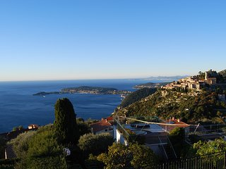 Stunning Penthouse with panoramic views of Eze Village and the French Riviera