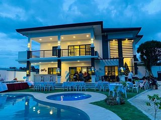 Beautiful 'Casa Grande' Luxury Villa in San Pedro Village, Buhangin