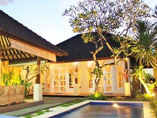 Spacious 2BDR White Villa with Pool