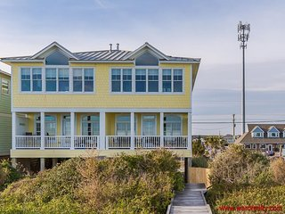The Lazy Loggerhead - Beautiful Oceanfront Duplex with Covered Porch