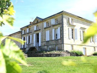 Charming Wine Property near Saint-Emilion
