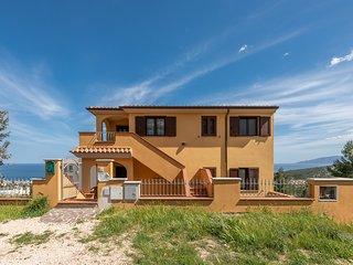 VILLA LA VISTA 1: elegante appartamento in posizione panoramica, 4 persone