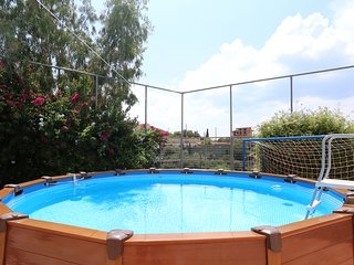 Villa Thimari boutique with sports court and seaview