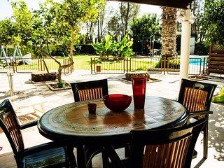 Villa Liuda,3 Bedroom With Com.pool