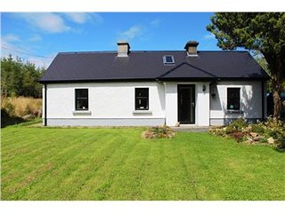 Private, Peaceful Traditional Country Cottage in Popular Lakelands District