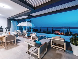 4 bedroom Villa in Crikvenica, Primorsko-Goranska Županija, Croatia - 5737146