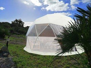 Camping in cupola geodetica per 4 persone, bagno privato