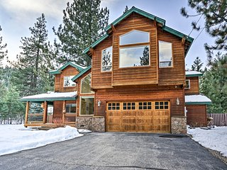 NEW! Rustic Paradise w/Hot Tub-By South Lake Tahoe