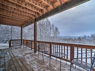 NEW! Homer Apt w/Mtn Views-4.5 Mi. to Kachemak Bay