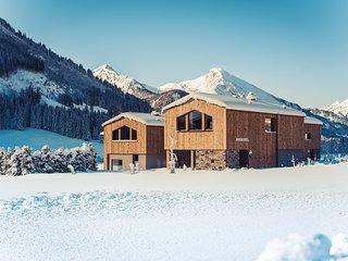 Alpine Nobel Chalets inmitten der Tannheimer Berge. Zeitlos, elegant u gemütlich