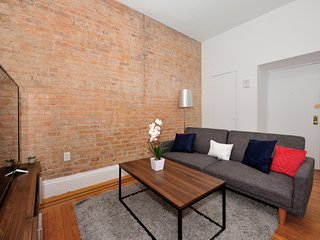 Spacious & Equipped 2Bed/2Bath at UES...!!!