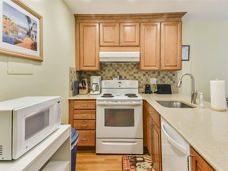 Ocean City Maryland One Bedroom Condo - Sleeps 4