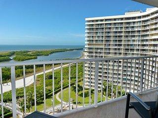 Elegant beachfront condo in deluxe private community w/ heated pool