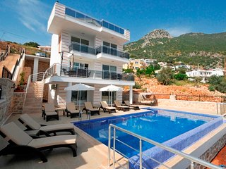 Turkey 5 Bedroom Private Villa With Seaview and Five Minutes From Kalkan Town