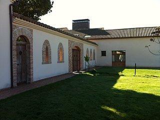 Casas de campo Olmo y Fresno cerca de Salamanca con Wifi chimenea piscina jardin