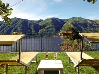Bellagio Villas - Norma overlooking the Lake