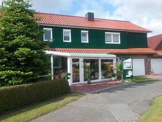 80 m² große behindertenfreundliche Ferienwohnung in Ostfriesland zu vermieten