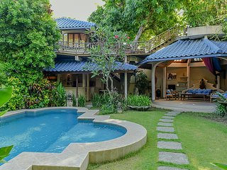Ben Bali Villa - close to Seminyak beach, best restaurant, and trendy shops