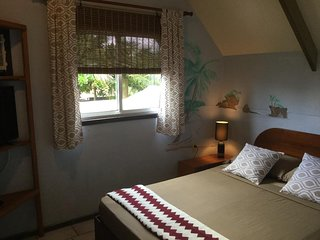 Double bedroom with aircon and cable tv