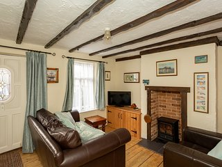 Fisherman's Cottage by the sea.Jan/Feb Book 3 nights get the 4th free.