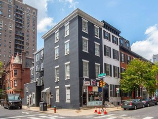 Newly Renovated, Modern Home in Downtown Philly