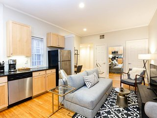 Walker's Paradise 2-Bdrm in Rittenhouse Square