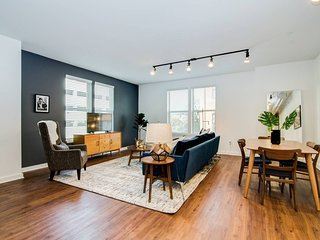True 2-Bdrm Loft - Walk to Beale, Orpheum, & more!