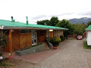 Hostal y Cabanas San Sebastian, habitaciones bano privado, 4 cabanas y 3 depto.