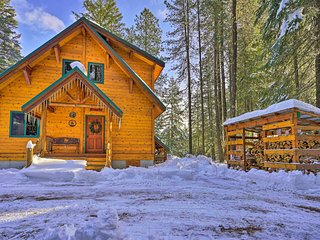 NEW! Secluded Leavenworth Cabin on Chiwawa River!
