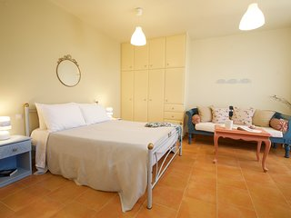 Cozy Studio with garden - 5min away from Argostoli
