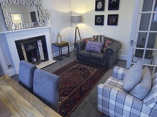 Luxury central Inverness apartment with parking