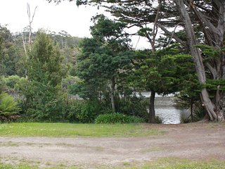 On the Huon River, in the heart of Huonville