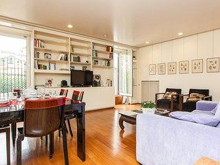 Roma Holiday Apartment 25516