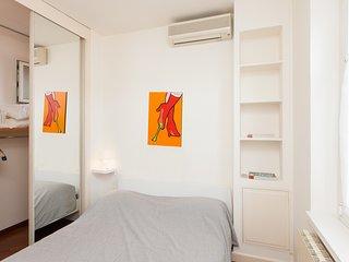 Roma Holiday Apartment 25777