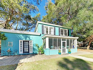 Vintage Charmer w/ Screened Porches & Fenced Yard, Steps to Beach & Center St