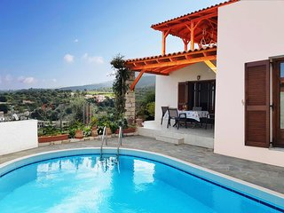 Villa Sunset, Agia Triada with pool, hammocks on roof terrace and stunning views