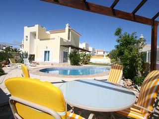 5 bedroom Villa in Areias de Sao Joao, Faro, Portugal : ref 5721104