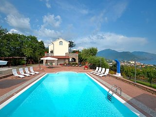 6 bedroom Villa in Cammaresano-Villano, Campania, Italy - 5684612