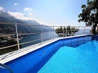 Positano Villa Sleeps 8 with Pool Air Con and WiFi - 5831392