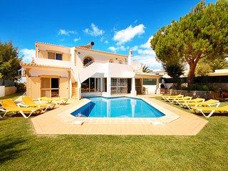 4 bedroom Villa in Gale de Cima, Faro, Portugal - 5721079